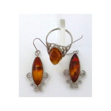 Set Earrings and Ring amber
