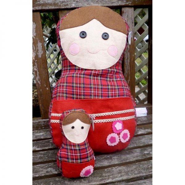 Babushka Pillow Red 2-set